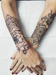 Forearm Attractive Tattoos In 2020 Mandala Tattoo Shoulder Small Henna Tattoos Mandala Tattoo Design