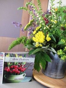 "This week's arrangement comes to you courtesy of a special event in which I participated to benefit the King County Library Foundation. Called an ""Author Salon,"" the private gathe… Design Projects, Special Events, Floral Design, Bouquet, Challenges, Gardens, Fresh, Flowers, Plants"