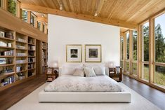 Sebastopol Residence / Turnbull Griffin Haesloop. . . ugh the bedding looks like a waify southern bride. . . pass. The rooms gorge though.