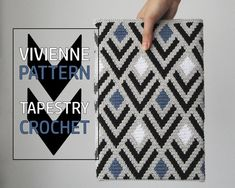 PATTERN: MONOCHROME- Set of wayuu mochila patterns - wayuu bag pattern- mochila bag pattern - tapestry crochet pattern - CHARTED pattern Tapestry Crochet Patterns, Modern Crochet Patterns, Crochet Motif, Hexagon Crochet, Crochet Cactus, Clutch En Crochet, Crochet Pouch, Bag Pattern Free, Eye Pattern