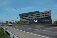 Office Building E / Aulík Fišer Architects