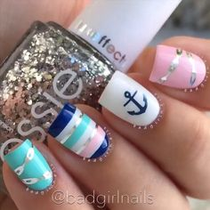 Striped Accent Nails by @badgirlnails