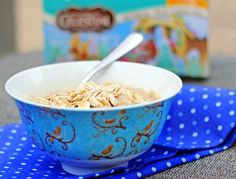 Sugar Cookie Oatmeal: oatmeal, cooked with tea, that tastes like eating a healthy sugar cookie for breakfast!