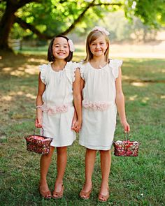 For her Oregon wedding, Alivia made belts and headpieces for her flower girls to wear with their Crewcuts dresses.