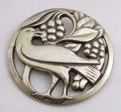 Genuine-Vintage-Norseland-Made-Sterling-Silver-Ladies-Pin-with-Bird
