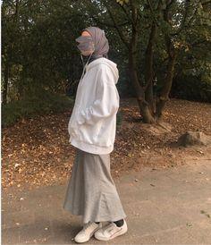 Modest Fashion Hijab, Modern Hijab Fashion, Modesty Fashion, Casual Hijab Outfit, Hijab Fashion Inspiration, Muslim Fashion, Mode Outfits, Fashion Outfits, Hijab Style Tutorial
