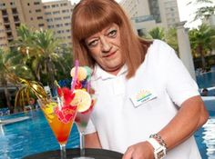 Lesley serves cocktails in Benidorm