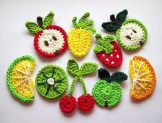 Artículos similares a 12 pcs of Crochet Fruit Appliques en Etsy Stitch Crochet, Crochet Wool, Crochet Amigurumi, Crochet Gifts, Cute Crochet, Appliques Au Crochet, Crochet Motifs, Crochet Patterns, Crochet Fruit
