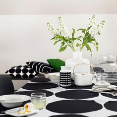 Marimekko Kivet White / Black Tablecloth Maija Isola's 1956 Kivet (Stones) pattern is set in it's classic black and white colorway atop a linen cloth. Perfect for use as a table linen but also suitable as a decorative bedding or wall tap. Marimekko, Scandinavian Design, Scandinavian Living, Black Tablecloth, Interior Decorating, Interior Design, Nordic Interior, Home Accessories, House