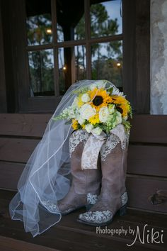 Such a pretty, rustic, lace + sunflower bouquet! Unique bouquet with a country feel. The perfect summer bouquet for a rustic wedding! Taken at THE SPRINGS in Lake Conroe. Follow this pin to our website for more information, or to book your free tour! Photographer: Photography by Niki #bouquet #bouquetideas #sunflowerbouquet #sunflowers #rusticwedding #rusticbouquet #rusticweddingideas #countrywedding #countrybouquet #summerbouquet #summerwedding