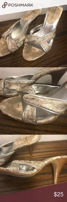 Rampage Georgie shoes Size 7.5 gold and beige heels Rampage Shoes Heels