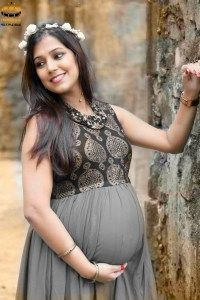 the cute pregnancy glow...outdoor shoot