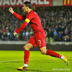 Leading from the front! Cristiano Ronaldo scored a hat-trick vs Northern Ireland and became Portugal's all time leading scorer! Football Soccer, Football Players, Adidas Predator Lz, Portugal National Football Team, Leading From The Front, Cristano Ronaldo, Manchester United, Real Madrid, Northern Ireland
