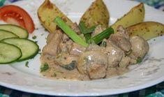Vepřové maso se žampiony a banánem Green Beans, Meat, Chicken, Vegetables, Food, Essen, Vegetable Recipes, Meals, Yemek