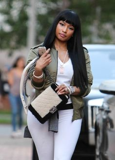 Nicki Minaj in casual outfit Nicki Minaj Outfits, Nicki Minaj Pictures, Nicki Minaj Body, Nicki Minaj Barbie, Nicki Minja, Nicki Baby, Trinidad Y Tobago, Casual Outfits, Cute Outfits