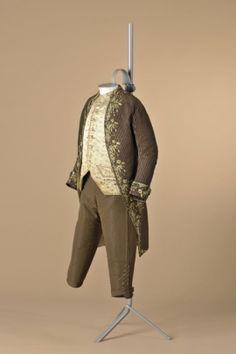 MODEMUSEUM HASSELT - Habit à la française (1770-1790)