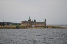 Fotografía: Amparo Vinuesa- Helsingborg -Castillo de Kronborg Bergen, Oslo, Helsingborg, Tour, Paris Skyline, Building, Travel, Scandinavian, Stockholm