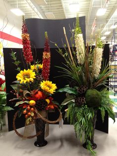 """This was from my trip to the San Luis Obispo (SLO) Store, here I was showing the designers how you can take one design and make two completely different arrangements. Another thing I wanted to offer here was a different take on Fall Arrangements, a more """"FRESH"""" look vs the traditional """"Orange or Rust"""" arrangements."""