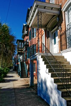 """Savannah is also known for its """"elevated townhouses,"""" a derivative of the European row house form (photo by Mike Walker)"""