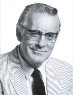 Φρέντυ Γερμανός (1934 - 1999) δημοσιογράφος και συγγραφέας, γνωστός για τις τηλεοπτικές παραγωγές του και τα ευθυμογραφήματά του.