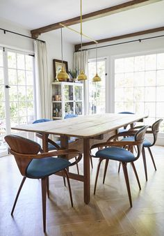 My Updated LA Dining Room + My Dream Dining Chairs (Kinda) - Emily Henderson Dining Room Paint Colors, Dining Room Art, Dining Room Lighting, Dining Room Design, Dining Area, Luxury Dining Chair, Modern Dining Table, Scandinavian Dining Chairs, Comfortable Dining Chairs