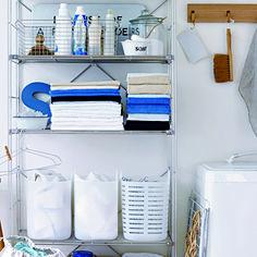 こちらはランドリーでの活用例。 洗剤もワイヤーバスケットに入れることでまとまりが出ますし、安っぽくなくとてもスタイリッシュな雰囲気になります。