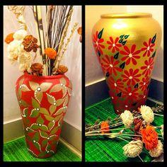 Painting Flower Pots Plastic Ideas New Ideas Painted Flower Pots, Painted Pots, Flower Vases, Flower Art, Art Flowers, Pottery Painting Designs, Pottery Designs, Pottery Art, Ceramic Pottery