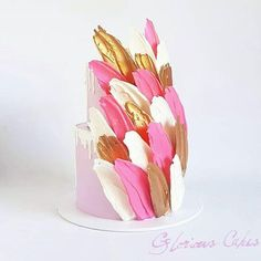 ie Loves: Brush Stroke Cakes - Cake ideas - Kuchen Gorgeous Cakes, Amazing Cakes, Mini Cakes, Cupcake Cakes, Brushstroke Cake, Buckwheat Cake, Zucchini Cake, Drip Cakes, Buttercream Cake
