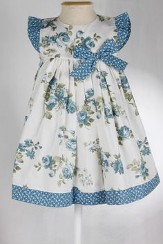 Vestido Brincar - Estampa Floral Azul :: :: Domittila :: www.domittila.com.br
