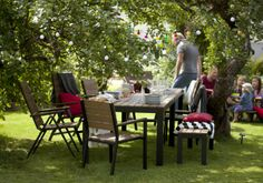 For the grill master dad the klasen charcoal grill with cart a cooking area combined with a - Tavolo pic nic ikea ...