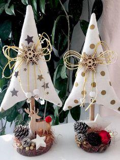 @ alberelli natalizi in Tannenbäume Christmas Tilda Landhaus Deko Scandinavian Christmas, Rustic Christmas, Christmas Art, Christmas Projects, All Things Christmas, Simple Christmas, Handmade Christmas, Primitive Christmas, Fabric Christmas Trees