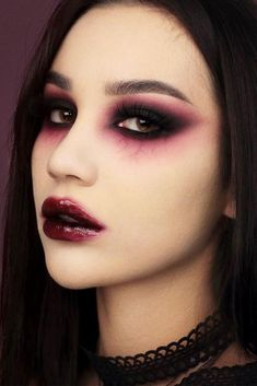 42 Glam and Sexy Vampire Makeup Ideas 2019 Dark and powerful make up! I love Halloween 42 Glam and Sexy Vampire Makeup Ideas 2019 Dark and powerful make up! I love Halloween Makeup Clown, Costume Makeup, Makeup Art, Makeup Ideas, Punk Makeup, Witch Makeup, Scary Makeup, Glam Rock Makeup, Fancy Dress Makeup