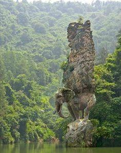 BEAUTIFUL ELEPHANT ROCK IN CHINA