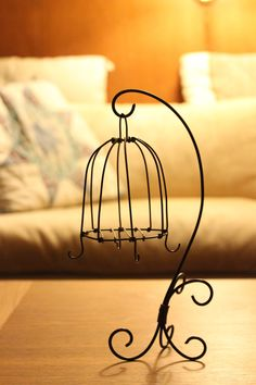 wire/ bird cage - like the stand. The cage needs a bit extra added., The bird cage is both a home for the chickens and an ornamental tool. You are able to select whatever you need among the bird cage types and get a whole lot more particular images. Wire Crafts, Metal Crafts, Diy And Crafts, Bird Cage Stand, Bird Cages, Chicken Wire, Wire Art, Beads And Wire, Metal Art