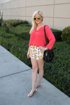 OOTD: Pineapple Pom Pom Shorts & Coral || It's no secret that I'm absolutely in love with pineapples! Besides this fanciful fruit print taking over the fashion scene for the last year, pineapples happen to be my absolute favorite fruit! With such sweet yet tangy notes of deliciousness, they're the perfect accessory to every meal...and outfit!