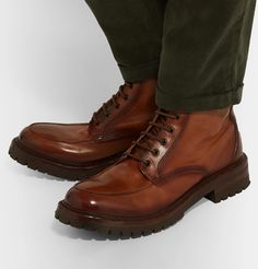 Officine Creative's 'Manchester' boots have leather uppers that are lightly burnished to create a tonal-brown hue – army-green trousers complement it nicely. Fashion Advice, Fashion News, Mens Fashion, Creative Shoes, Officine Creative, Winter Shoes, Timberland Boots, Army Green, Bag Making