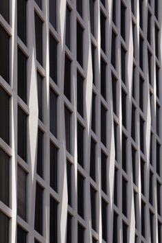 Tour Total by #BarkowLeibinger #office #facade #loadbearing #twisted #columns #precast #concrete #berlin