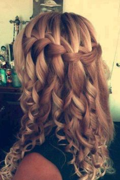 Waterfall curls. Would have looser curls