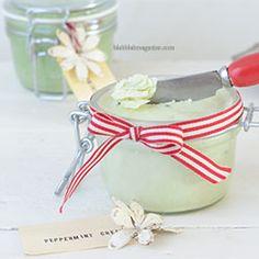 Peppermint cream for dry feet