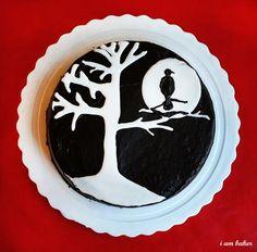 Halloween Cake {Bat Cake}