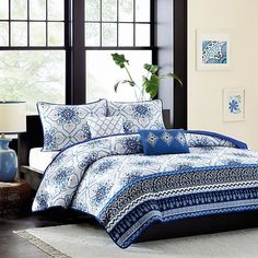 Intelligent Design Cassy Printed Coverlet Bedding Set | Bed Bath & Beyond Intelligent Design, Coverlet Bedding, Comforter Sets, Daybed Covers, Bedroom Dimensions, King Size Pillows, Shops, Dust Mites, Quilt Sets