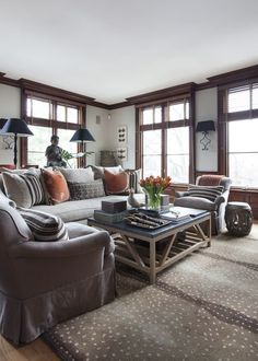 In Good Taste: Sam Allen - Design Chic - love the wood stained windows and the antelope rug is stunningmakes the living room! In Good Taste: Sam Allen - Design Chic - love the wood stained windows and the antelope rug is stunningmakes the living room! Dark Wood Living Room, Wood Furniture Living Room, Dark Wood Furniture, Living Room Paint, Living Room Grey, Living Room Decor, Living Rooms, Modern Furniture, Outdoor Furniture