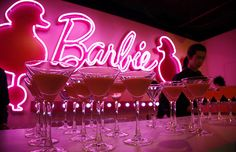 Wallpapers Rosa, Barbie Store, Tout Rose, Photo Deco, Pink Drinks, Pink Cocktails, Pink Parties, Aesthetic Colors, Everything Pink
