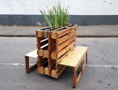 recycled wooden pallets into interlocking mobile benches with planters backs