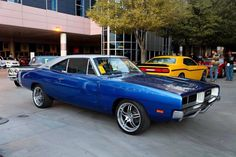 1969 Dodge Charger - Blue body