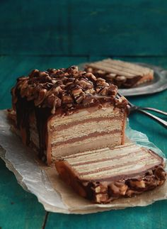 No Bake Snickers Cake by bakersroyale : To die for. #Snickers_Cake #bakersroyale