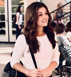 Younger Sophie at St. Danielle Campbell The Originals, Dani Campbell, Urban Chic, Danielle Campbelle, The Cw, Wattpad, Pretty People, Beautiful People, Amazing People