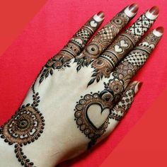Mehndi designs are of different patterns and styles. Likewise the one which is trending is bracelet mehndi designs. Bracelet designs are designed from wrist to finger tips. Dulhan Mehndi Designs, Mehandi Designs, Mehndi Designs 2018, Modern Mehndi Designs, Mehndi Design Pictures, Mehndi Designs For Girls, Wedding Mehndi Designs, Beautiful Mehndi Design, Mehndi Images