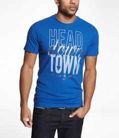 GRAPHIC TEE - HEAD DOWNTOWN at Express  #ExpressHoliday