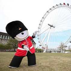 Mandeville, the mascot of the 2012 Paralympics in London!